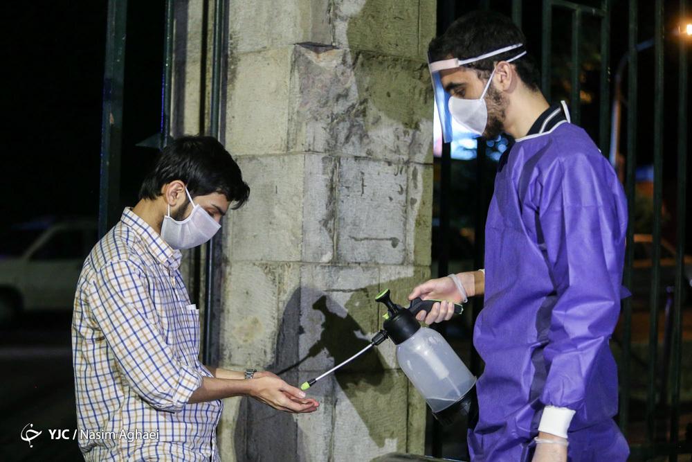رعایت نکات بهداشتی در مراسم احیای دانشگاه تهران + عکس