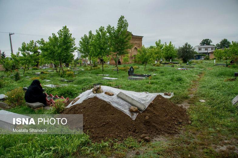 مراسم تدفین یک کرونایی تعجب همه را برانگیخت + عکس