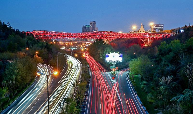 پل طبیعت قرمز می شود!