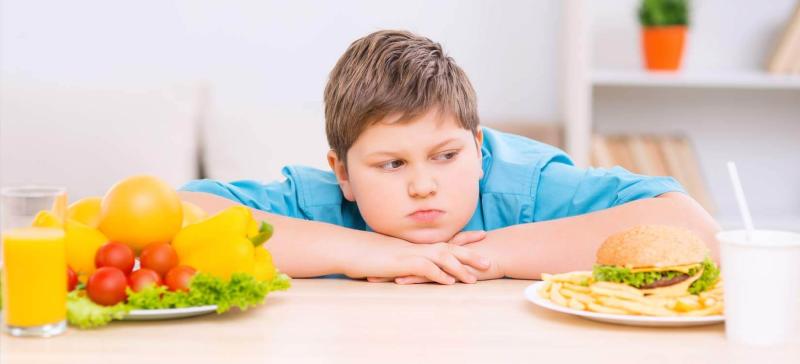بهترین و بدترین خوراکی ها برای کودکان بیش فعال