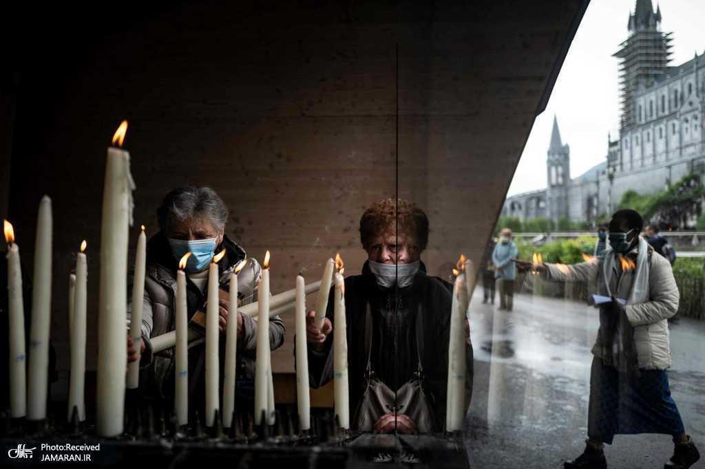 بازگشایی مکان های مذهبی در فرانسه + عکس