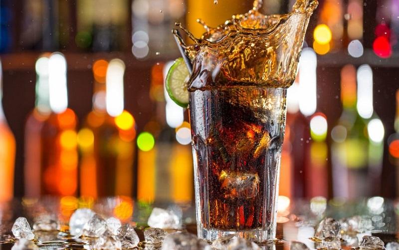 نوشیدنی دلچسب و پرطرفدار و دردسرهایش برای زنان