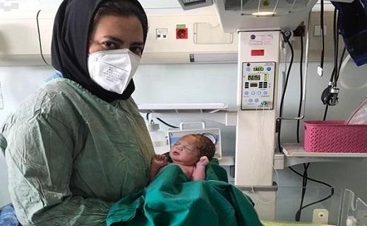 تولد نخستین نوزاد در بیمارستان فرقانی قم پس وضعیت سفید +عکس