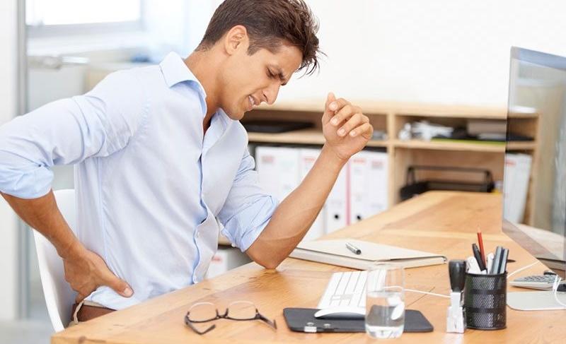مقابله با اثرات مضر نشستن طولانی مدت با ورزشهای چهار ثانیهای