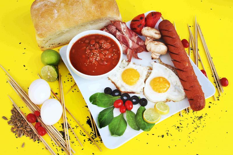 یک صبحانه مقوی چه ویژگیهایی دارد؟
