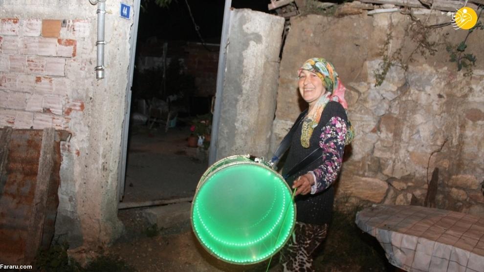 اقدام جالب زن ترکیه ای در ماه رمضان! + عکس