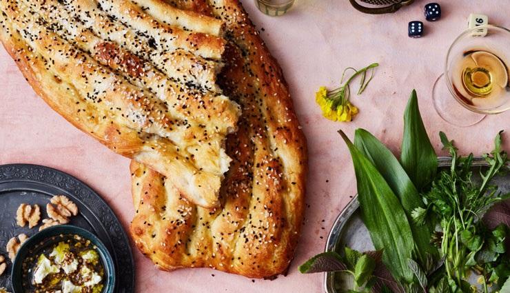 آیا با هر غذایی باید نان بخورید؟ / کدام نان کالری کمتری دارد؟