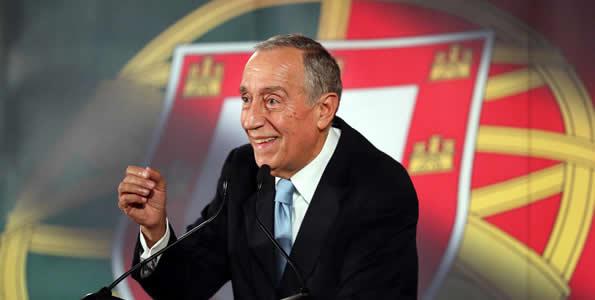 رئیس جمهور پرتغال در صف خرید فروشگاه! + عکس