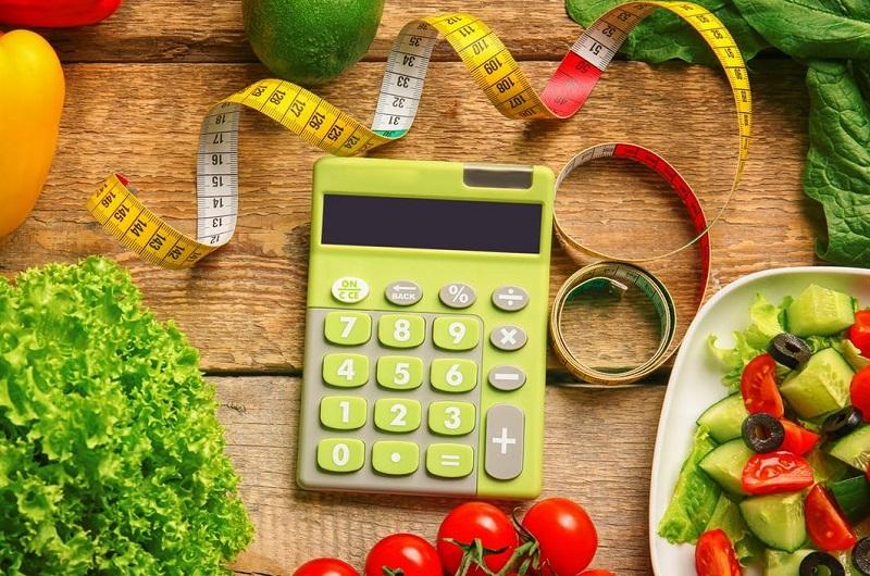 چگونه کالری غذاها را محاسبه کنیم؟