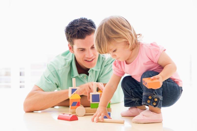 چند وسیله ساده در خانه برای بازی کودکان ۴ سال به بالا
