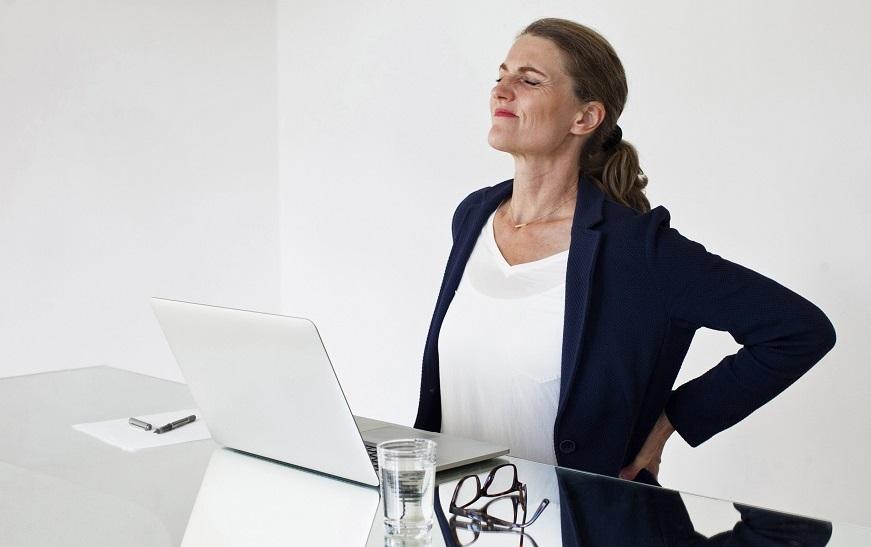 ۱۳ علت درد گودی کمر که نمی دانستید