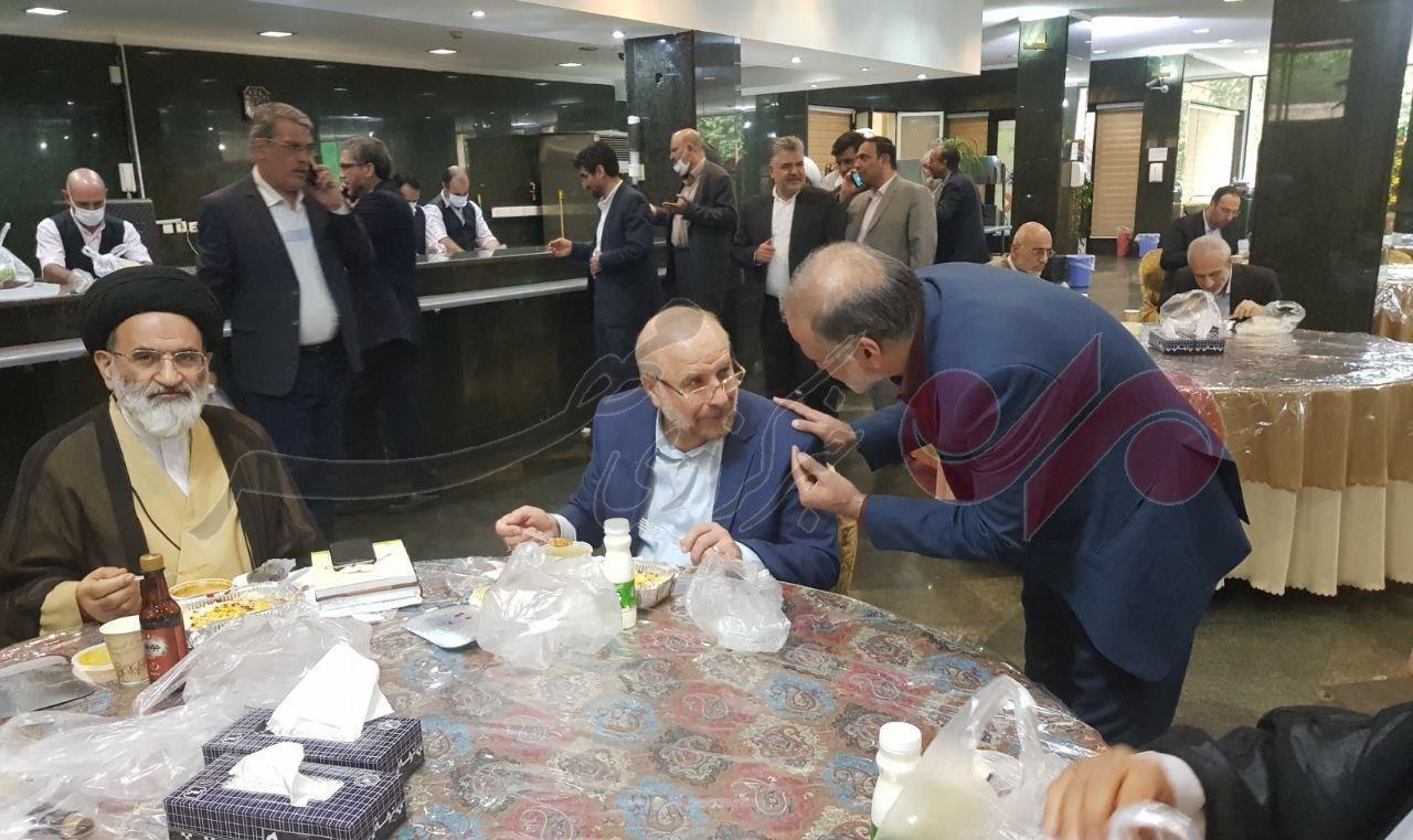 قالیباف در سالن غذاخوری خوری مجلس + عکس