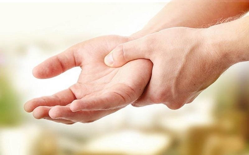 کاهش درد مفاصل با 4 روش طبیعی و خانگی