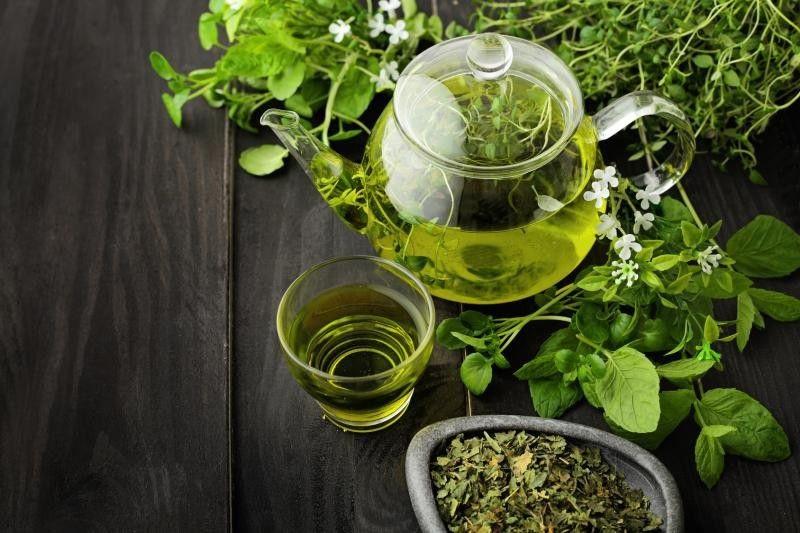 چای سبز، یکی از بهترین دهانشویههای طبیعی | طریقه استفاده