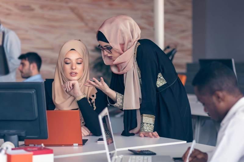 ۱۰ راهکار برای موفقیت شغلی یک بانوی باحجاب