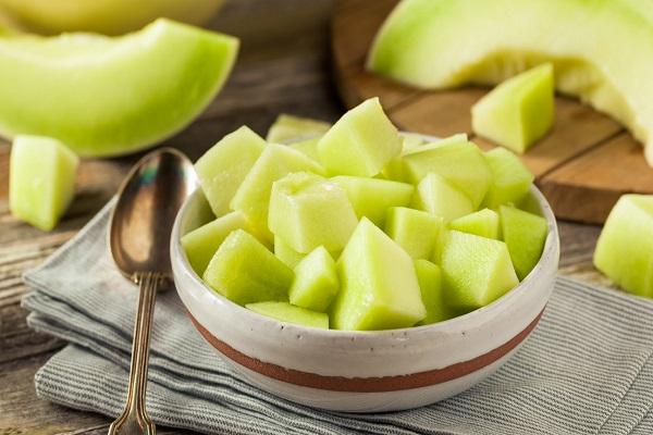 تامین سلامتی پوست، مو و کلیه با خوردن یک میوه