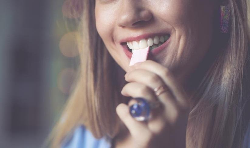 خوردنی که برای دندانِ پرشده سم است