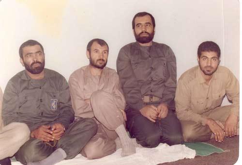 حاج قاسم در کنار فرمانده سری ترین قرارگاه جنگ + عکس