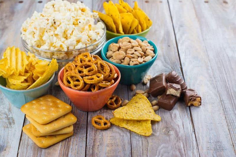 7 خوردنی محبوب که مصرفشان، شما را گرسنهتر میکند