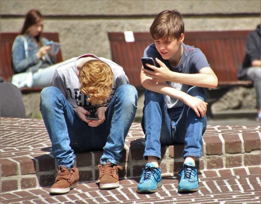 اختلالات بلوغ چه تاثیراتی بر روح و روان نوجوانان دارد؟