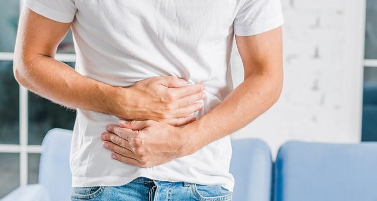 درمان نفخ شکم با حرکات ورزشی ساده
