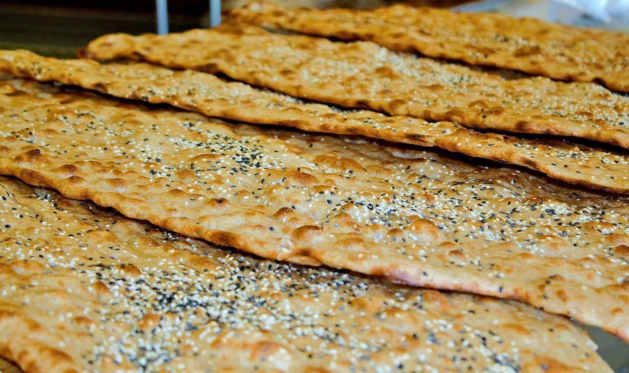 جلوگیری از پخت نان سنگک با آرد تافتون و لواش