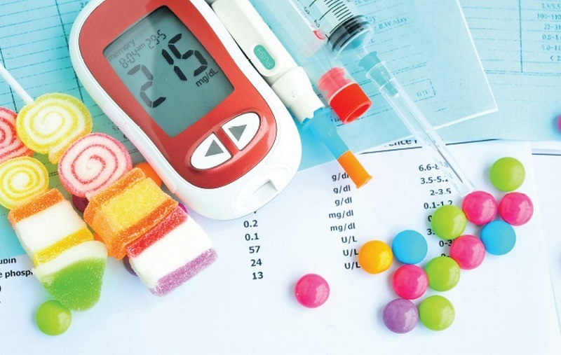 علت اصلی ابتلا به دیابت مصرف بیش از اندازه شیرینیجات است؟