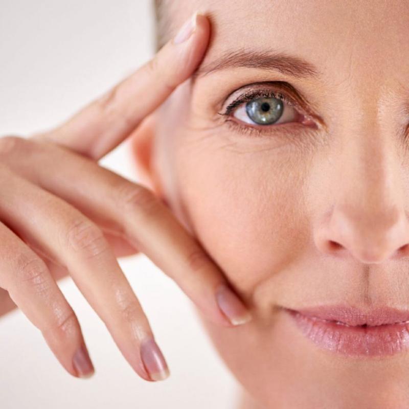 مناسب ترین روش درمان چروک دور چشم را بشناسیم