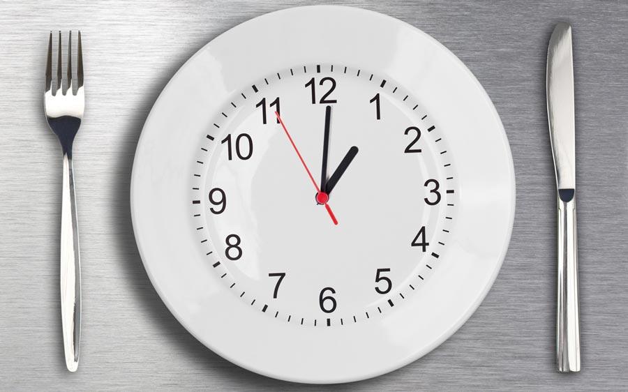 بهترین زمان برای خوردن غذا در طول روز