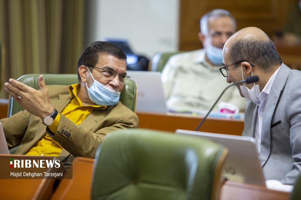 شیوه اشتباه استفاده از ماسک در شورای شهر تهران + عکس