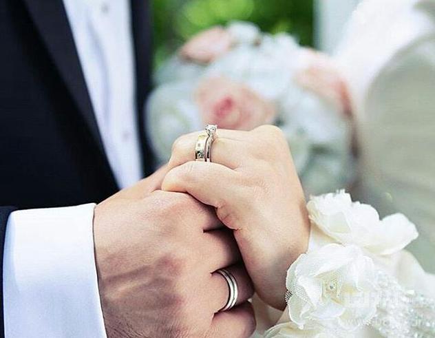 ازدواج چقدر هزینه دارد؟