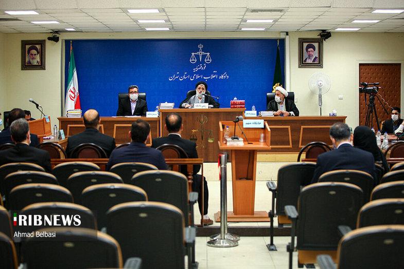 اخلالگر ارزی ۶۰ میلیون یورویی در دادگاه + عکس