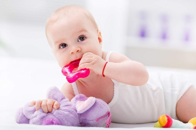 مراقبتهای تغذیهای مادران شیرده مبتلا به کرونا