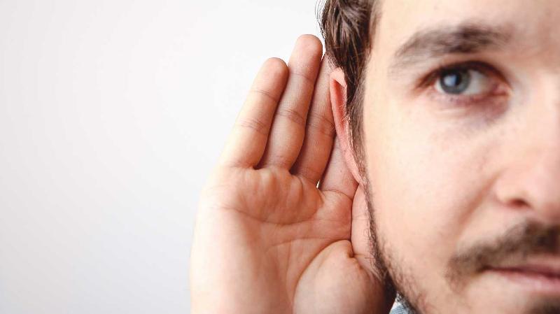 از هر ۸ کرونایی یک نفر دچار مشکلات شنوایی میشود