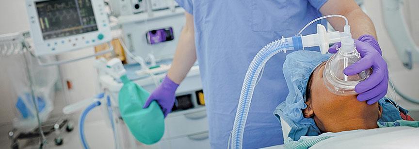 لزوم تایید اصالت دارو و تجهیزات پزشکی بیمارستان ها توسط داروسازان