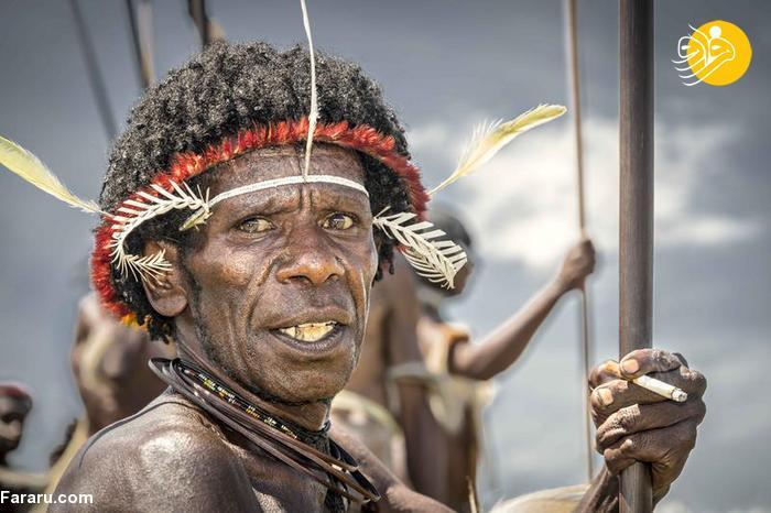 قبیله عریان و آدمخوار در گینه نو! + عکس