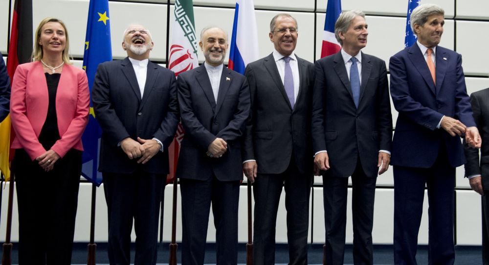 نظر جان بولتون دشمن معروف ایران در خصوص استفاده از مکانیسم ماشه