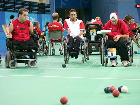 یک رشته ورزشی  ویژه معلولین