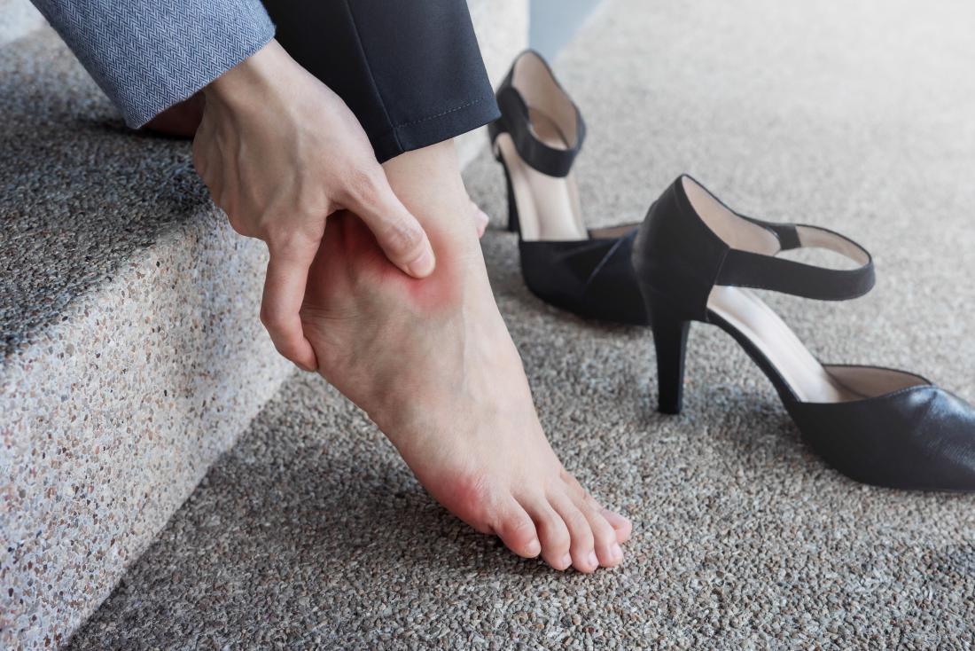 چند حرکت ساده برای جلوگیری از پیچ خوردگی پا