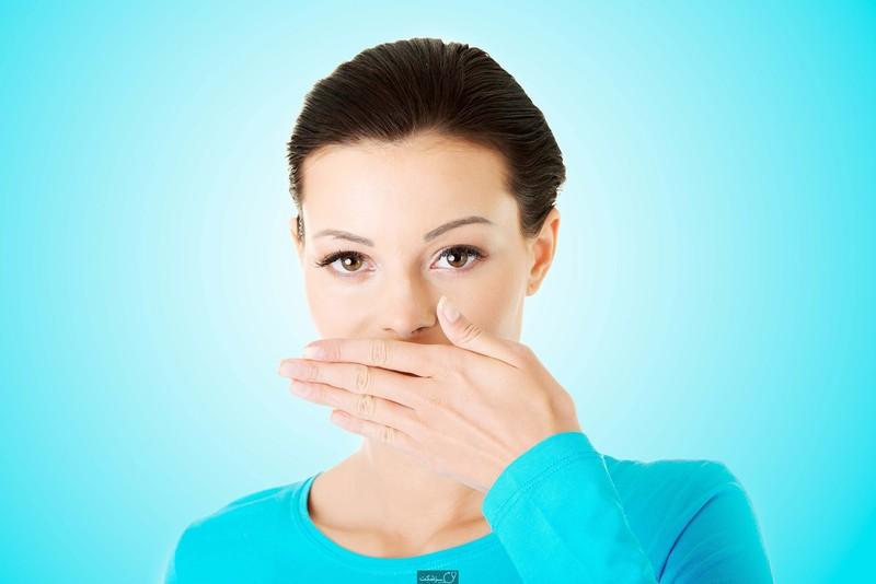 از شر بوی بد دهان خلاص شوید+ 3راهکار