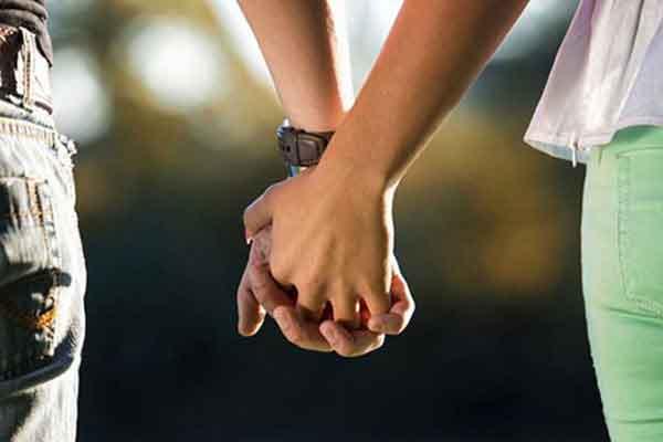 با عشق و عاشقی نوجوان مان چه کنیم؟