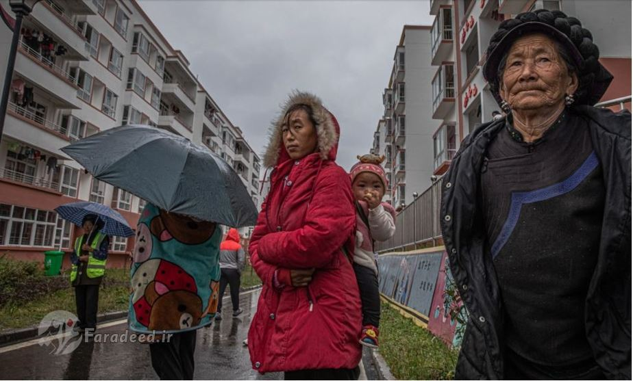 کوچاندن روستایی های چینی به شهر + عکس