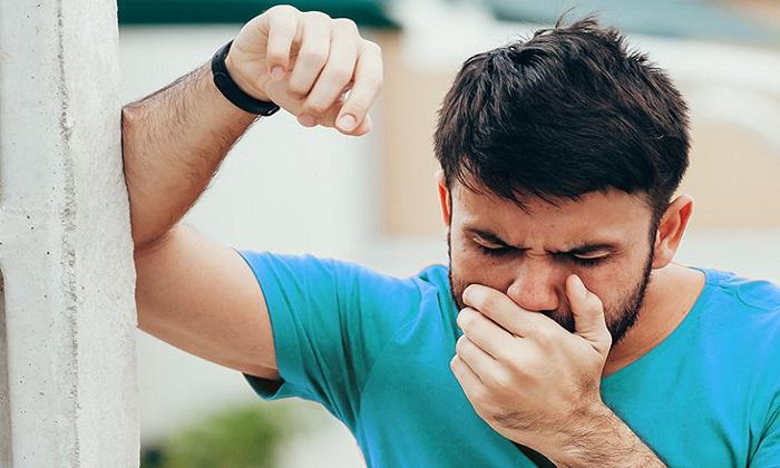 احساس بوی فلز در نفس یا بدن چه دلایلی دارد؟
