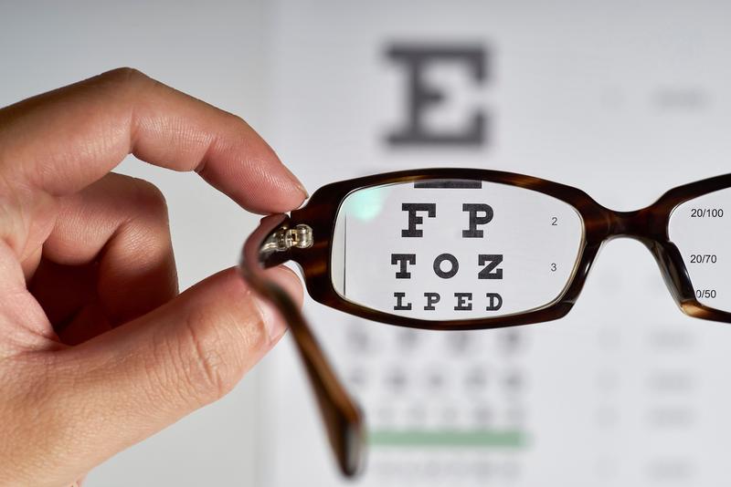 مهمترین علت کاهش دید برگشت ناپذیر چیست؟
