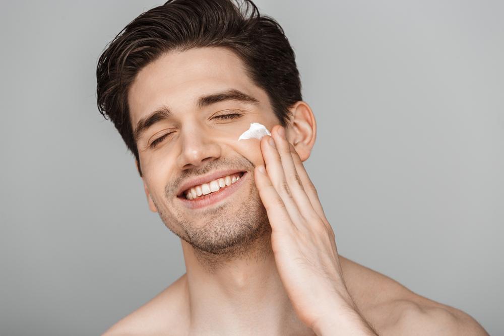 تکنیک های طلایی برای مراقبت از پوست در سرما