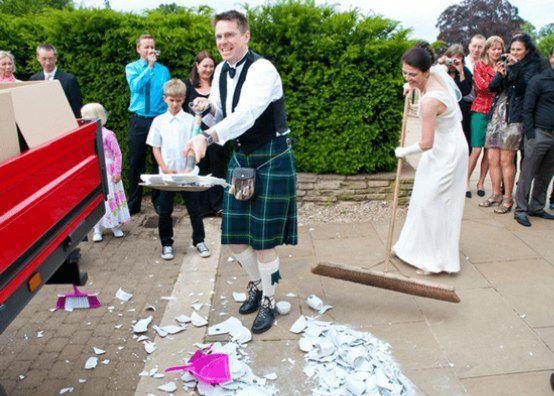 رسم عجیب روز قبل ازدواج خانوادههای سنتی آلمانی +عکس