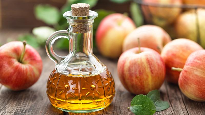 از لاغری تا کنترل دیابت با سرکه سیب