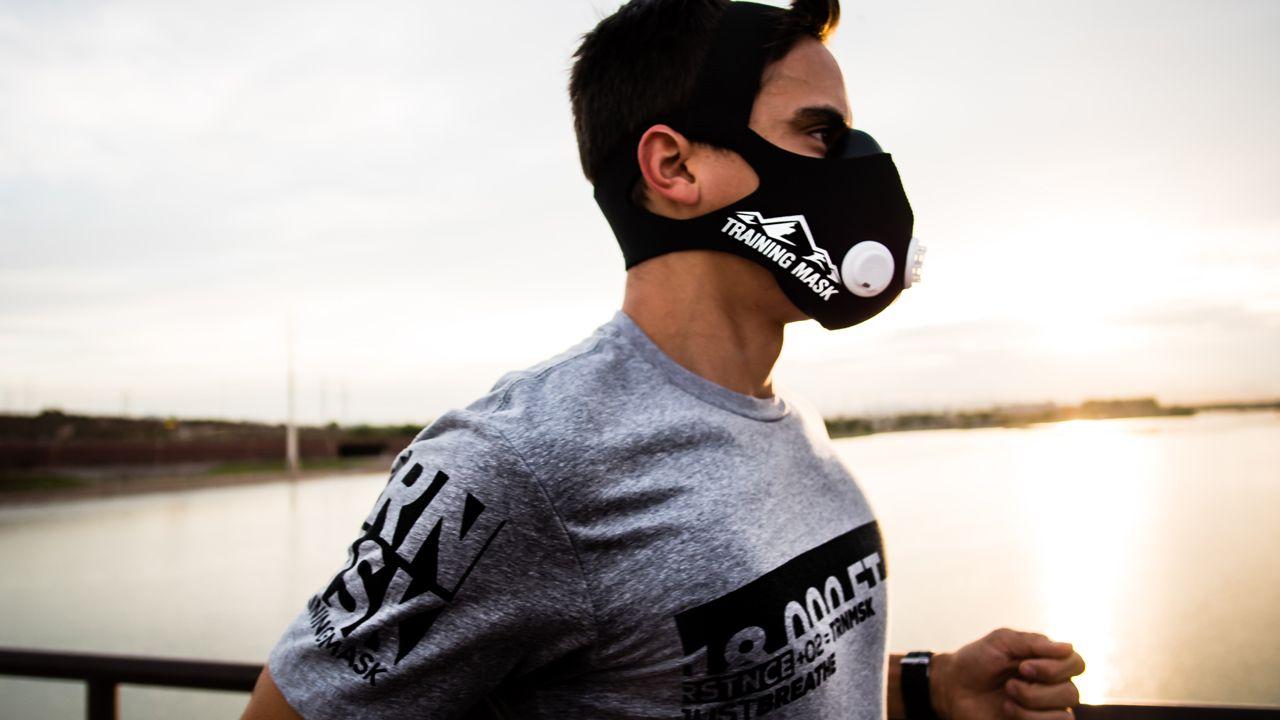 ورزش کردن  با ماسک ضرر دارد؟