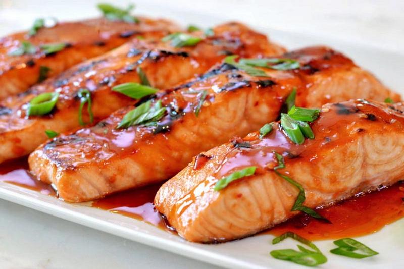 چگونه میتوانیم بوی بد ماهی را در آشپزخانه از بین ببریم؟
