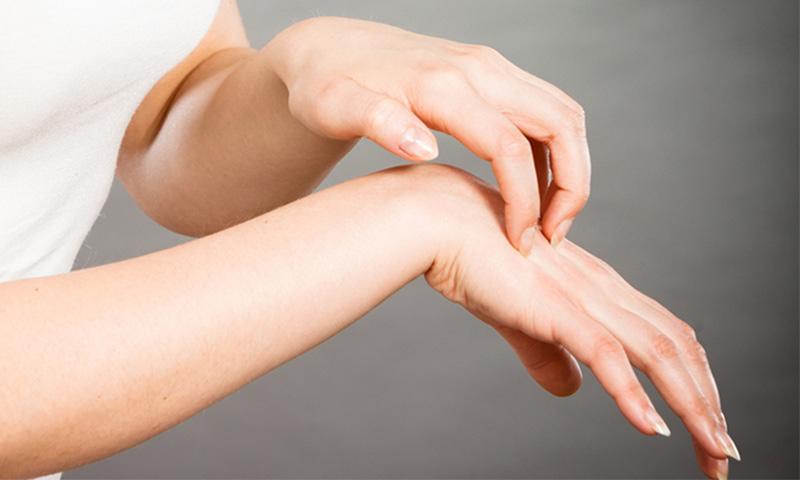 درمان طبیعی خارش پوست بدن